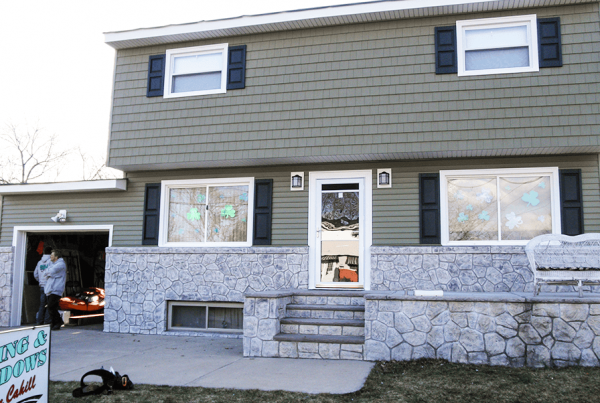Vinyl Siding With Stone Wall
