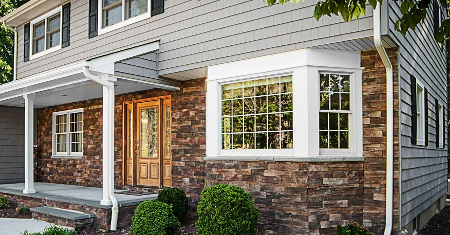 Vinyl Siding & Stonework: A Match Made In Heaven